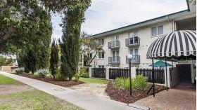 西澳大学附近简约一居公寓