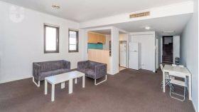 悉尼科技大学附近精装两居公寓