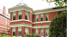 蒙克顿国王学校附近十二居室豪华半独栋别墅