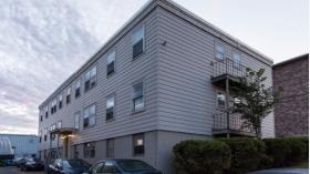 位置便利的两居室公寓