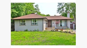 475 Maple Grove Dr, Oakville, Ontario, L6J4V9