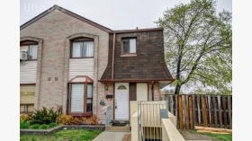 21 Livonia Pl, Scarborough, ON M1E 4W5