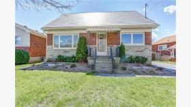 59 Ofield Rd, Hamilton, Ontario, L8S 2M6