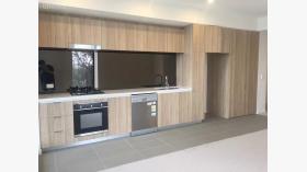 两室两卫一车位公寓近新南威尔士大学1月15日起入住