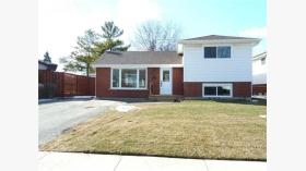 42 Kirkland Ave, Hamilton, Ontario, L8V 3V9