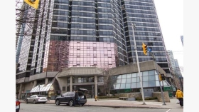 1001 Bay St 1618, Toronto, Ontario, M5S3A6