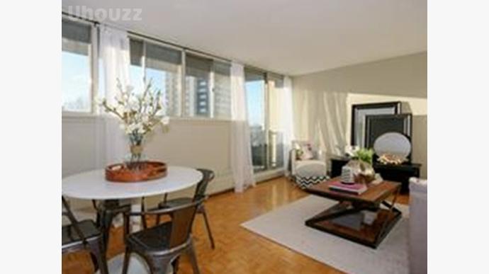 Avenue Apartments-260798