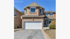 4 Guildwood Dr Lower, Richmond Hill, Ontario, L4C8G8