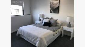 两室一卫一车位公寓近悉尼大学随时入住